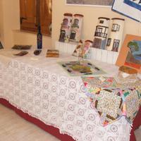 Inauguració de l'exposició d'artesania i manualitats de l'Associació de dones de Roquetes, a les Festes Majors de Roquetes de l'any 2007