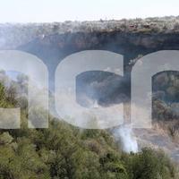 Controlat l'incendi de Roquetes, que ha cremat 11.3 hectàrees de canyes i matolls.