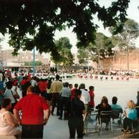 Teatre a l'Escola Mestre Marcel·lí Domingo de Roquetes l'any 2000