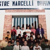 Alumnes de l&#039;Escola Mestre Marcel·lí Domingo de Roquetes<br /><br /> 2000-2001