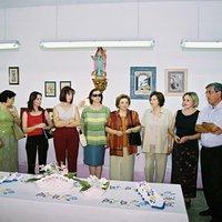 Inauguració de l'exposició de manualitats a la seu de l'Associació de Dones de Roquetes. Festes majors 2001