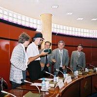 Pregó oficial a càrrec de Quico el Célio, el Noi i el Mut de Ferreries. Festes majors 2001