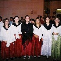 Trobada de vestits antics populars. Festes majors 2001.
