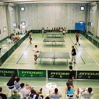 Campionat de tennis de taula al Casal de la Raval de Cristo.