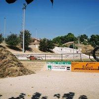 Canvi de gespa i instal·lació del reg automàtic al camp de futbol